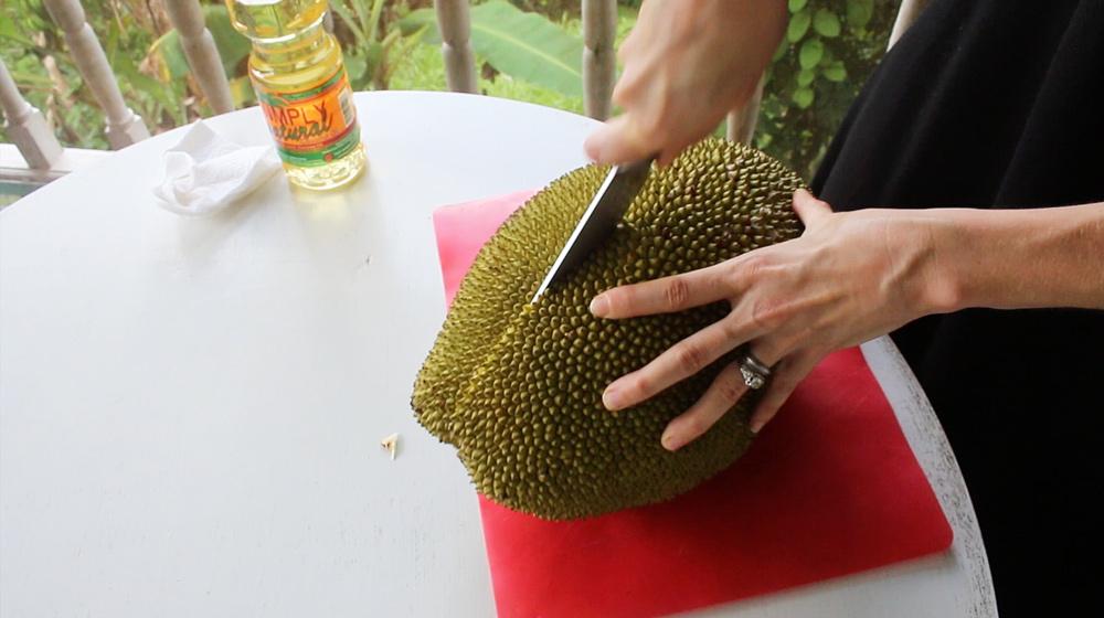 open a jackfruit
